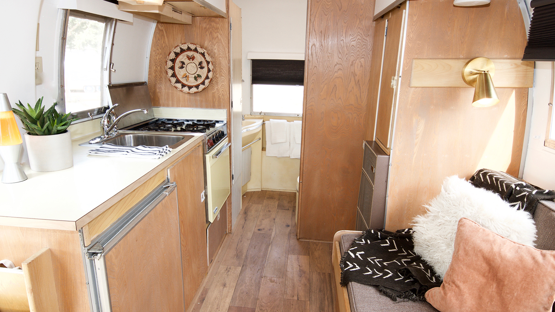 Airstream-1-Inside1