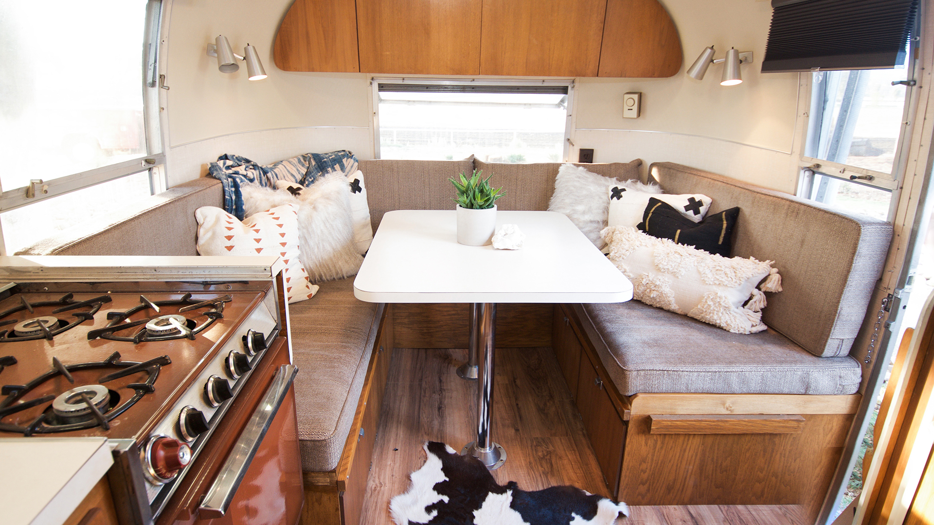 Airstream-2-Inside1